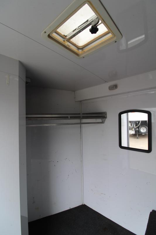 2008 Featherlite 8536 4 Horse Trailer - All Aluminum with Lined and Insulated Dressing Room - Side Tack Room - Corrosion in horse are floor selling AS IS