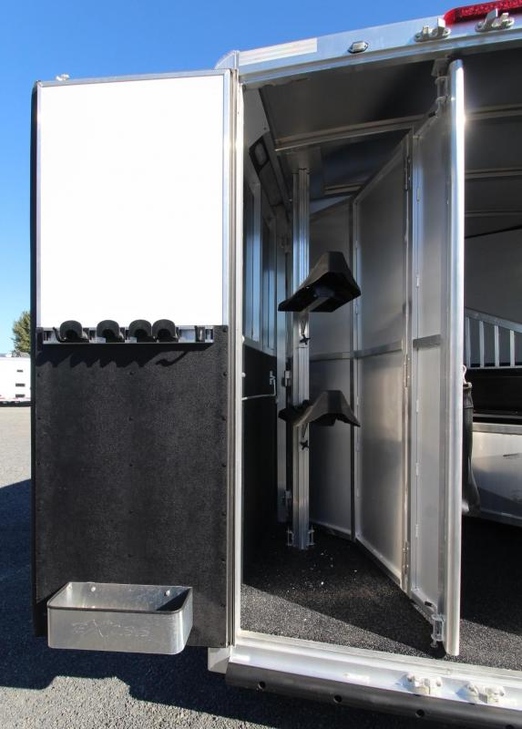 2019 Exiss Escape 7210 - 10ft sw living quarters 2 Horse Trailer