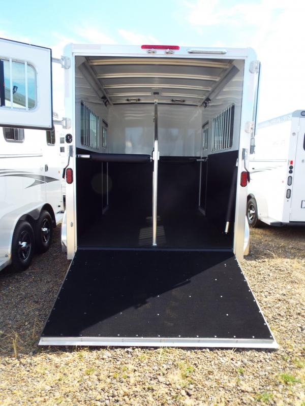 2017 Exiss 724 Straight Load Horse Trailer - All Aluminum - Rear Ramp - Dual Escape Doors