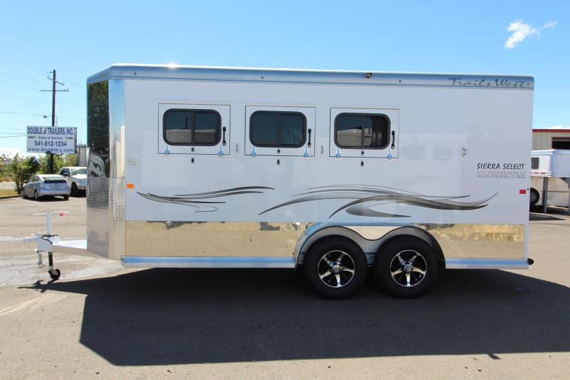 "2019 Trails West Sierra Select 3 Horse - 7'6"" Tall - Vacuum Bonded aluminum construction - Fully lined and insulated"