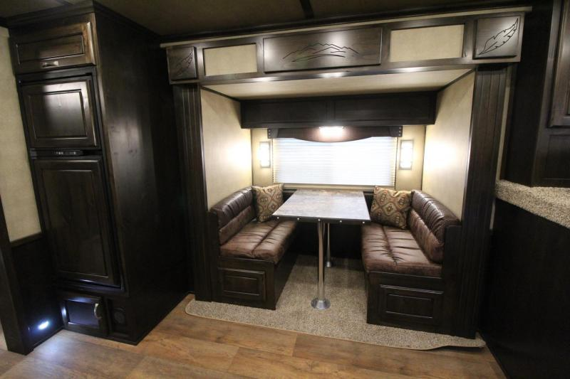 2019 Featherlite 9821 All Aluminum Liberty 11ft SW living quarters w/ slide 3 Horse Trailer Generator Ready Easy Care Flooring PRICE REDUCED $2600