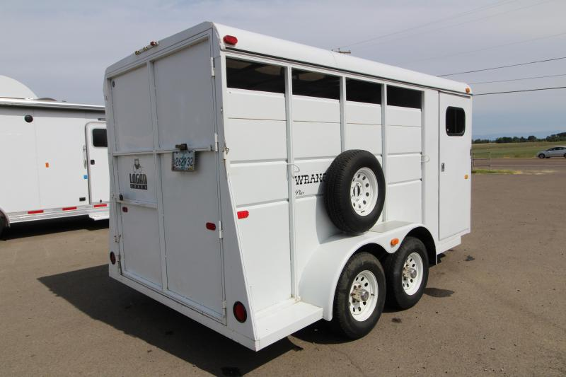1999 Logan Coach 3 Horse Steel Trailer - Fully Enclosed Tack Room
