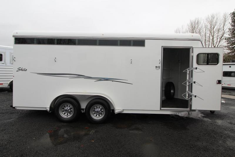 "2019 Thuro-Bilt Shilo 7'6"" Tall 4 Horse Trailer - Drop down windows head side - Sealed tack room"