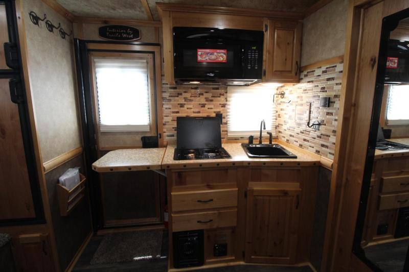 2019 Trails West Sierra 13x13 Living Quarters 8ft wide 3 Horse Trailer