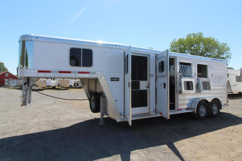 2018 Featherlite 8542 - Escape Door - Rear Tack - Large Dressing Room W/ Screen Door - 3 Horse Trailer