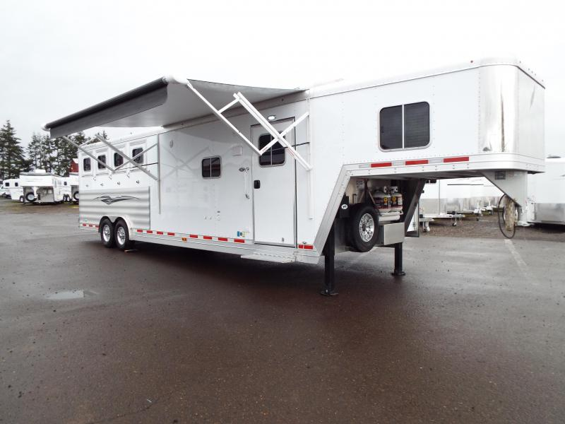 "2017 Featherlite 9821 4 Horse 11 ft LQ w/ Slide Out & ""Easy Care"" Flooring in Horse Area REDUCED $2550"