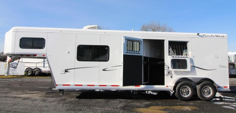 2019 Trails West Classic 10x10 Living Quarters 2 Horse Trailer w/ Side Tack