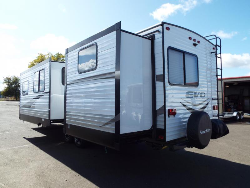 2018 Evo 3250 Travel Trailer - Outside Kitchen - Dual Slide Outs - TV - Silver Birch Interior Decor - PRICE REDUCED BY $1000