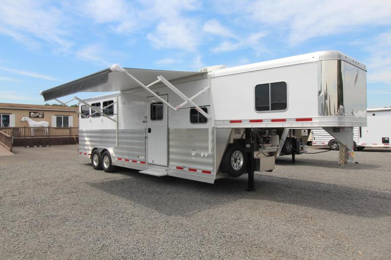 2018 Featherlite 9821 Liberty Legend 11ft Short Wall 3 Horse Trailer