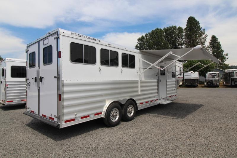 2018 Featherlite 9821 Liberty Legend 11ft Short Wall 3 Horse Trailer Easy Care Flooring Stud Divider