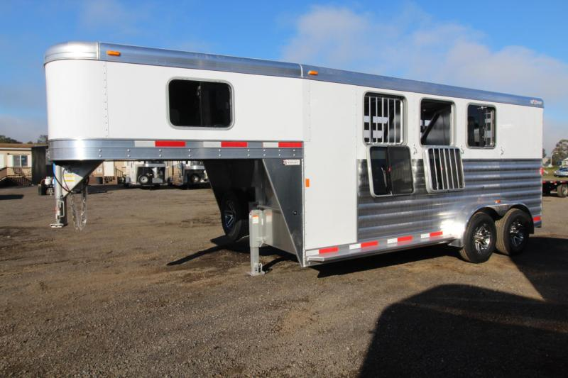 2018 Exiss CXF 3 Horse Trailer Extruded Alum Sides Easy Care Flooring in Rhododendron, OR