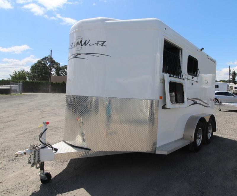2018 Trails West Classic II 2 Horse Trailer w/ Stud Divider LIGHTLY USED