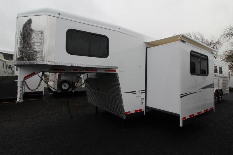 2019 Trails West Sierra 13x13 Living Quarters w/ Slide out 4 Horse Trailer w/ Side tack