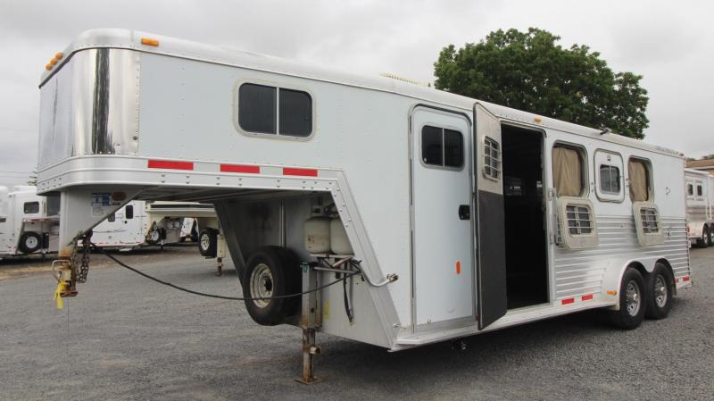 1999 Featherlite Weekender 4 Horse Trailer W/ escape door & Rear Tack -Not Ready For Sale-