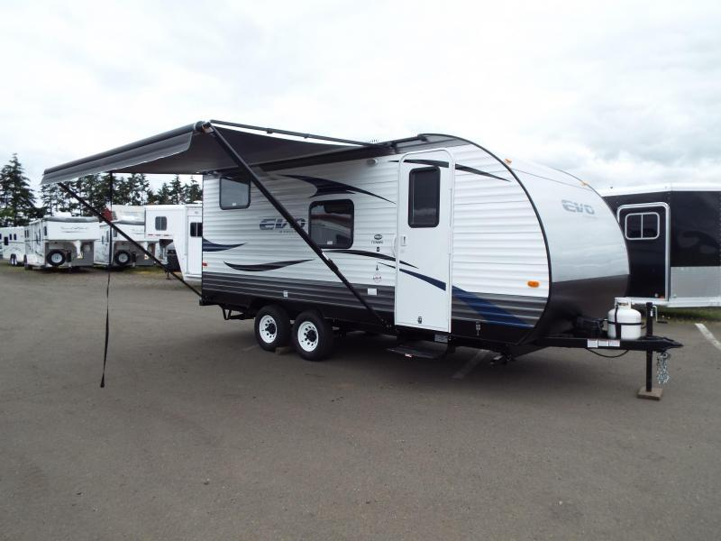 2017 Forest River EVO Factory Select - 172BH - Bunk House - Dinette - Sleeper Sofa - Large Refrigerator - PRICED REDUCED BY $2240