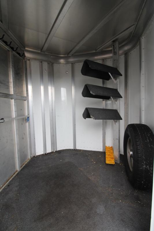 2003 Sooner ALL ALUMINUM 2 Horse Trailer w/ Rear Tack - Large Dressing Room