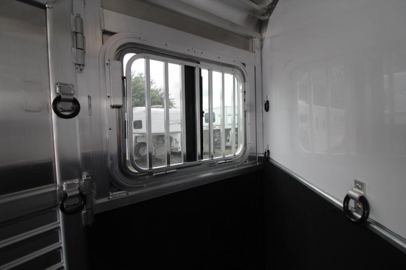 2018 Featherlite 9409 - Rear Tack - Large Dressing Room - 3 Horse Aluminum Trailer PRICE REDUCED