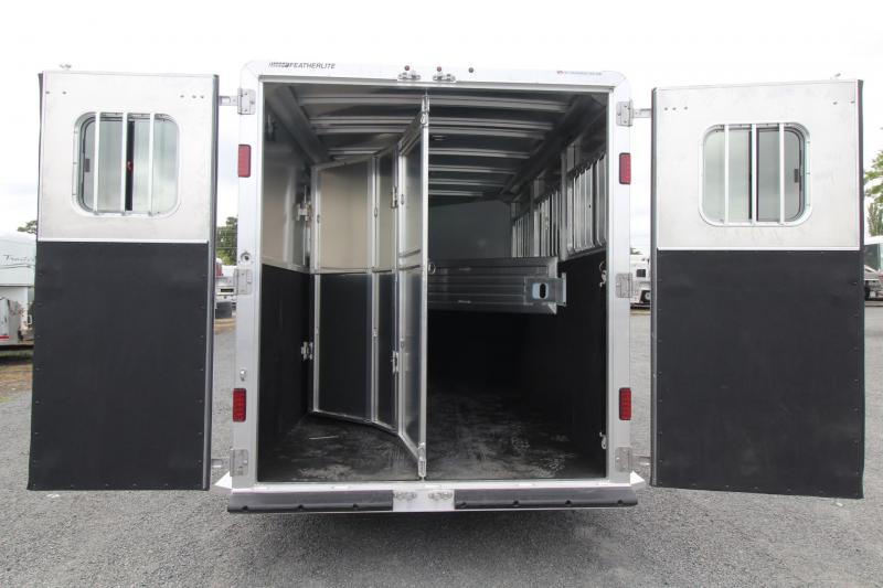 2018 Featherlite 9409 - PRICE REDUCED - Rear Tack - Large Dressing Room - 3 Horse Aluminum Trailer