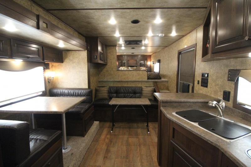 2018 Exiss Endeavor 8316 w/ Slide out 16ft Short Wall LQ - Dinette & Couch - 3 Horse Trailer REDUCED $1100