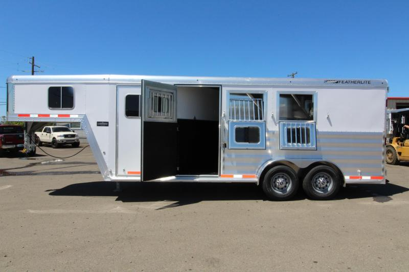 2019 Featherlite 8542 Legend Series - All Aluminum - 3 Horse - 7' Tall and Wide - Folding Rear Tack