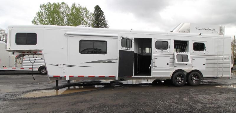 2019 Trails West Sierra 11x15 Living Quarters W/ Slide 4 Horse Trailer Generator Ready Hayrack