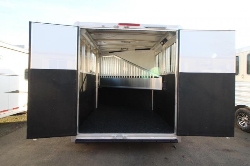 2018 Exiss Express 2 Horse Trailer W/ Jail Bar Dividers and Polylast Flooring PRICE REDUCED $950