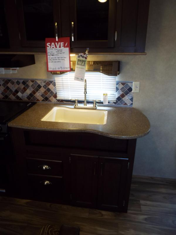 2017 Evo 2250 Travel Trailer - Full Walk on Roof - Power Awning - Triple Bunk Beds - Sleeps 7! - PRICE JUST REDUCED BY $2740