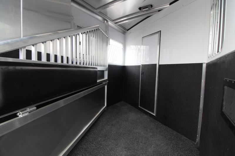 2018 Exiss Escape 7208 - 8' Short Wall LQ W/ Dinette - 2 Horse Aluminum Trailer