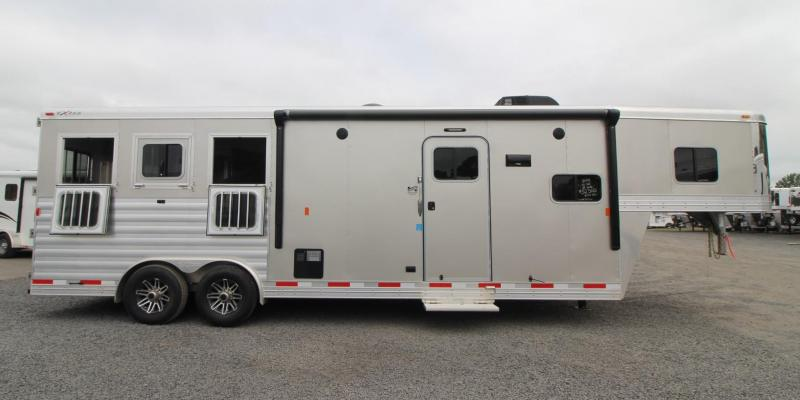 2019 Exiss Endeavor 8310 - 10ft SW Living Quarters 3 Horse Aluminum Trailer