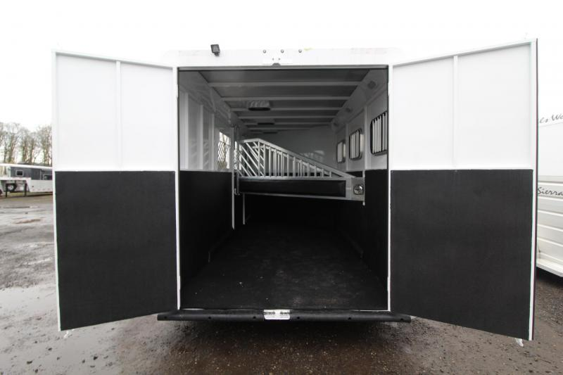 2018 Trails West Classic II - Warmblood 3 Horse Trailer - Aluminum Skin Steel Frame - Escape Door - Swing out Saddle Rack