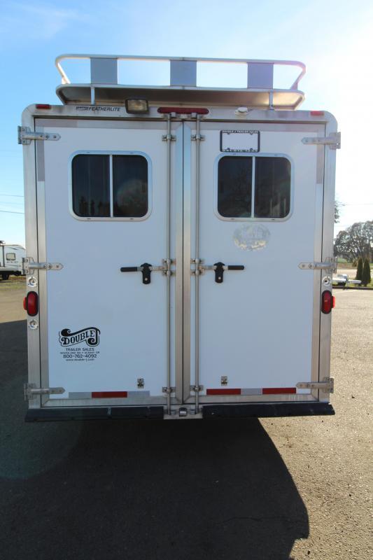 2006 Featherlite 8542 - 4 Horse Trailer - 13' LQ - Generator- Mangers - Hayrack