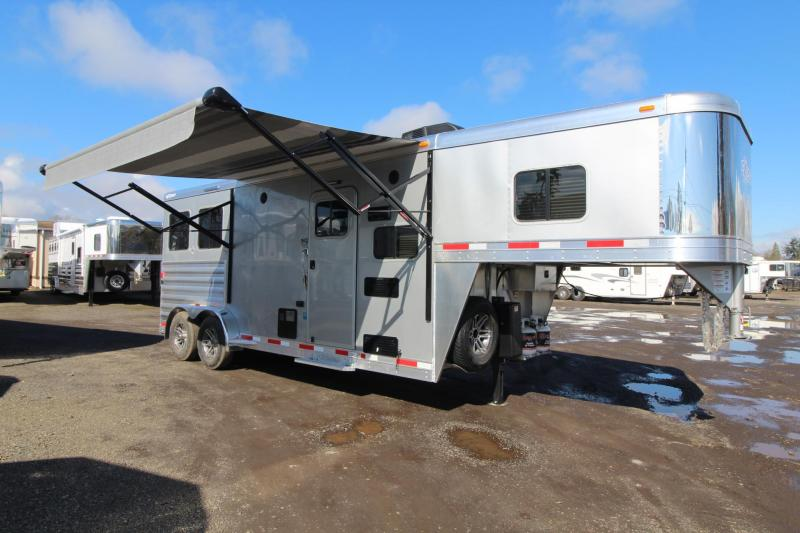 2018 Exiss Escape 7208 Living Quarters 2 Horse Trailer - Hoof Grip Flooring