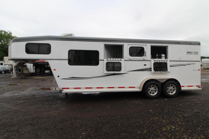 2013 Trails West Sierra W/ Comfort package - AC - Side Tack - 3 Horse Trailer