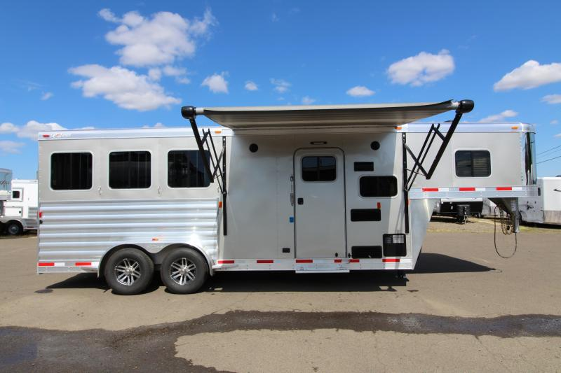 2018 Exiss Trailers 7306 3 Horse 6 ft SW LQ All Aluminum Horse Trailer - Easy Care Flooring - Air Flow Dividers - Champagne Exterior Color - PRICE REDUCED