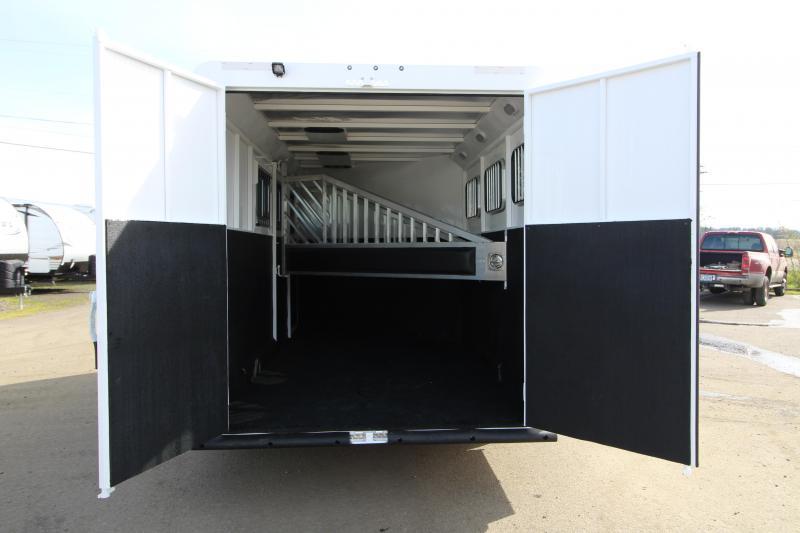 2018 Trails West Classic 3 Horse Trailer - Steel Frame Aluminum Skin - Escape Door - Convenience Package