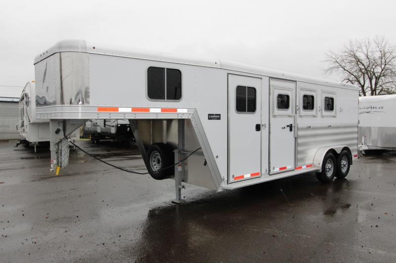 2018 Featherlite 8542 Legend Series - All Aluminum - 3 Horse 7' Tall and Wide - w/ Folding Rear Tack  - PRICE REDUCED in Dairy, OR