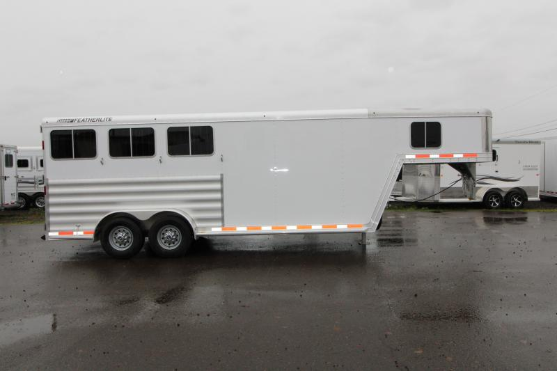 2018 Featherlite 8542 Legend Series - All Aluminum - 3 Horse 7' Tall and Wide - w/ Folding Rear Tack  - PRICE REDUCED