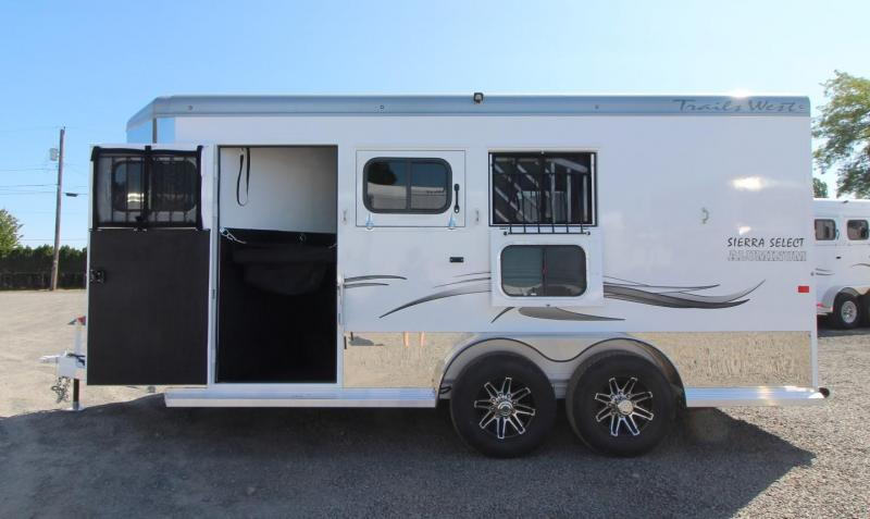 "2020 Trails West Sierra Select 7' 6"" Tall 3 Horse Trailer - Seamless Aluminum vacuum bonded walls and roof"
