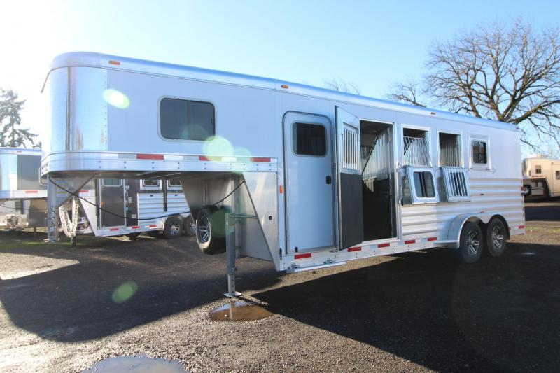"2018 Exiss 7400 - 7'6"" Tall 4 Horse Trailer - Rear Tack - Polylast Flooring - Jail Bar Dividers PRICE REDUCED $1000 in Astoria, OR"