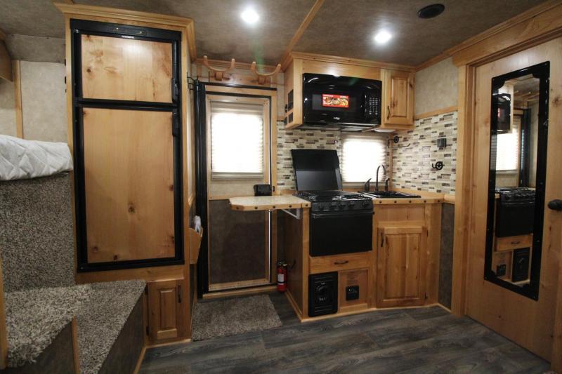 2020 Trails West Sierra 11x15 w/ Slide 3 Horse Trailer W/ Hay Rack