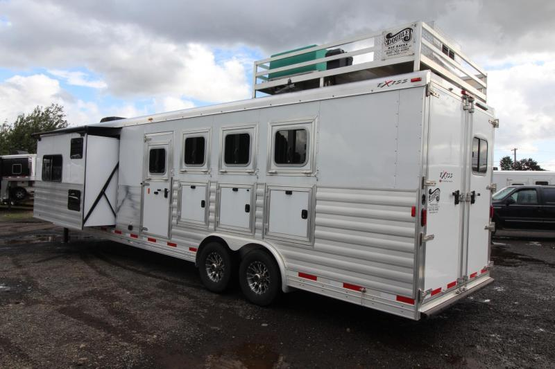 LIKE NEW 2017 Exiss Endeavor 8414 W/ Slide out - Price Reduced - Hayrack - Generator - 14 ft short wall - LIKE NEW!!! 4 Horse Living Quarters Trailer $REDUCED$