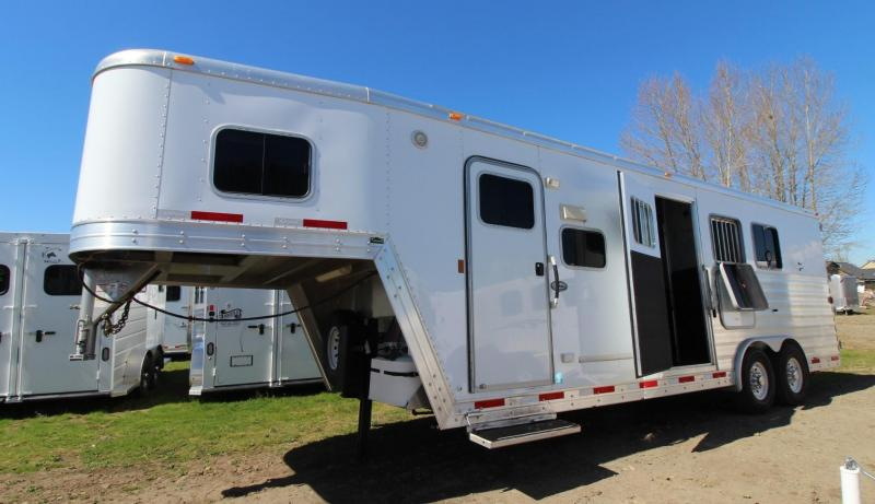 2011 Exiss 8308 Living Quarters 8' SW 3 Horse Trailer w/ Ramp & Mangers