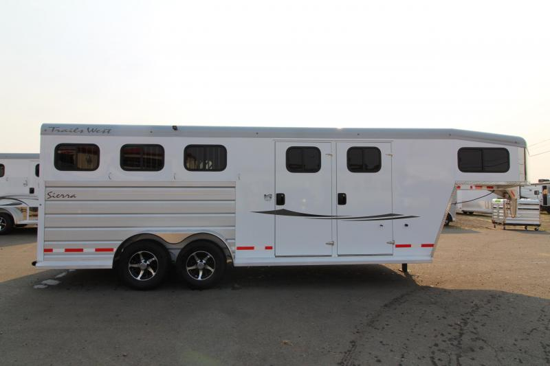 2019 Trails West Sierra 3 Horse  - Comfort package 5x5 Silver Roof - Steel Frame Aluminum Skin - Lined and Insulated Horse Area Ceiling and Walls in Ashburn, VA