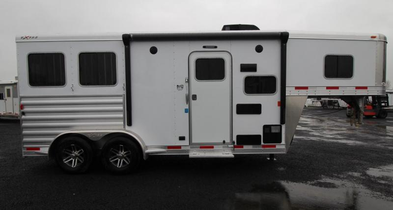 2019 Exiss Escape 7206 - 6ft sw Living Quarters 2 Horse Trailer