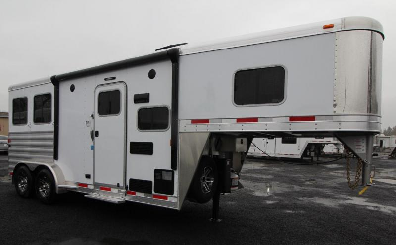 2019 Exiss Escape 7206 - 6ft sw Living Quarters 2 Horse Trailer