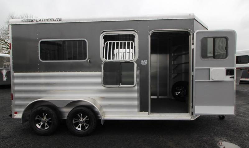 2019 Featherlite 9407 Straight Load Warmblood 2 Horse Trailer