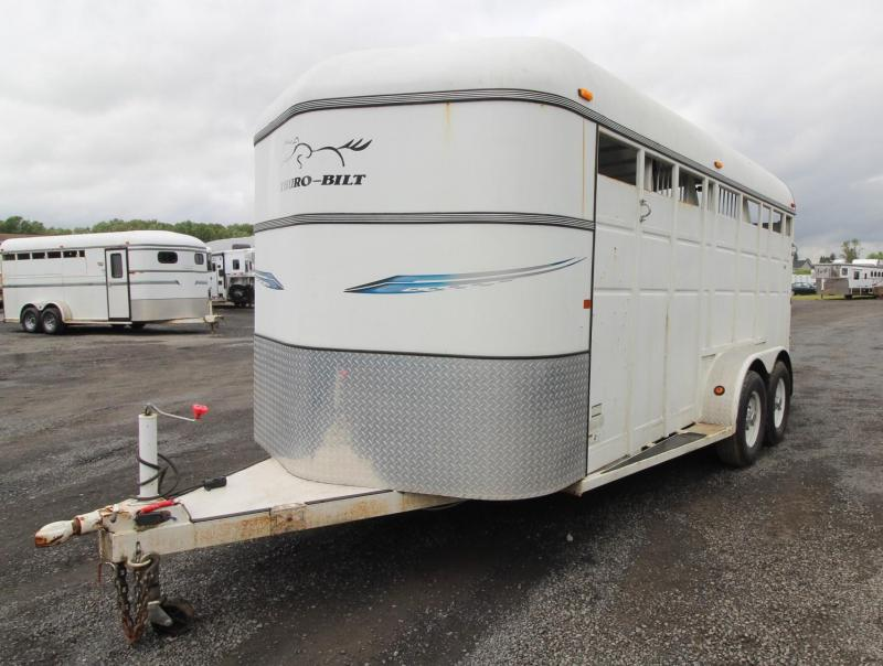 2008 Thuro-Bilt 3 Horse Trailer w/ Swinging Tack Wall