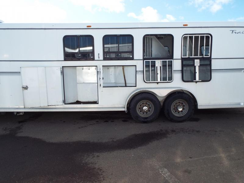 2001 Trails West Sierra 4 Horse -11 ft SW Living Quarters Trailer - Mangers on First Two Stalls -  2ft SW Angled Mid Tack Room PRICE REDUCED BY $1500