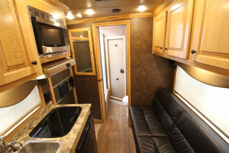 2019 Exiss Escape 7306 Horse Trailer Easy Care Flooring - AC - Electric Awning