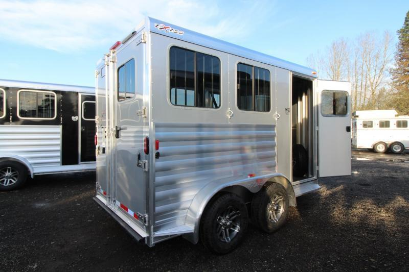 2018 Exiss Express 2 Horse Trailer W/ Jail Bar Dividers and Polylast Flooring - SILVER - PRICE REDUCED